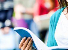 Türkiye'de öğrenci başına düşen aylık burs miktarı418 TL