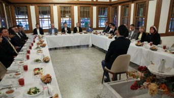 Washington'daki Türk heyeti Amerika Diyanet Merkezindeki iftara katıldı