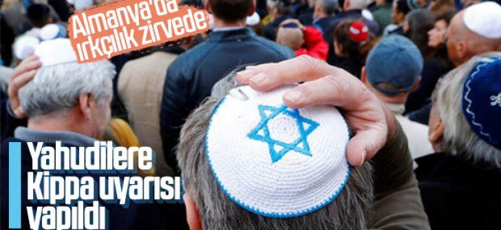 Almanya'daki Yahudi düşmanlığına karşı kippa uyarısı