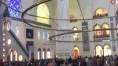 Büyük Çamlıca Camii'nde ilk teravih