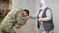Türk askeri, Kosova'da ihtiyaç sahiplerinin yüzünü güldürdü