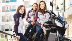 3 kız kardeş Venedik yolunda