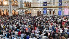 Kadir Gecesi, tüm yurtta dualarla idrak edildi