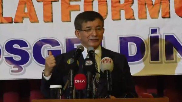 Ahmet Davutoğlu, AK Parti'yi yerden yere vurdu
