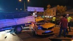 İzmir'de zincirleme kaza 4 yaralı
