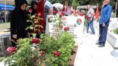 Mersin'de bayram öncesi şehitlik ziyareti