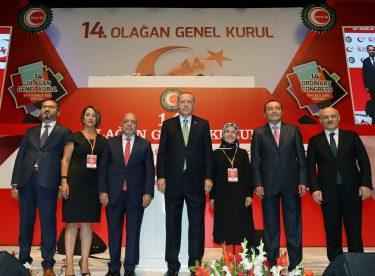 Erdoğan, Hak-İş 14. Olağan Genel Kurulunda katılımcılara hitap etti