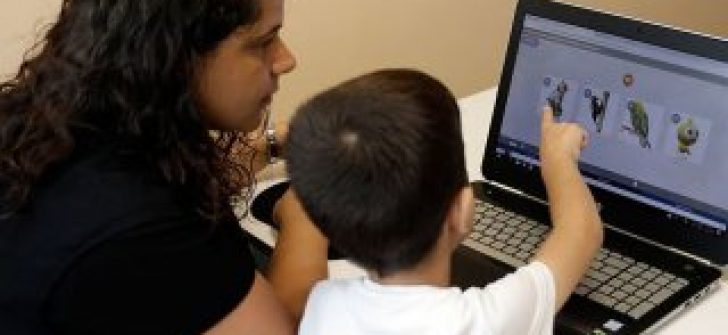 'Özel çocuklar' beş dilde özel eğitim alacak