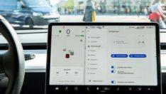Tesla, otomobillerin ekranlarına YouTube desteği getirecek