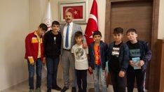 Müdür Neşeli, Yeni eğitim öğretim dönemi öncesi çocuklar ile bir araya geldi