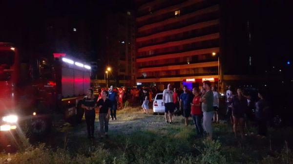 Bursa'da 18 katlı binada yangın