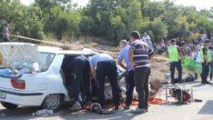Çanakkale'de iki araç kafa kafaya çarpıştı: 2 ölü