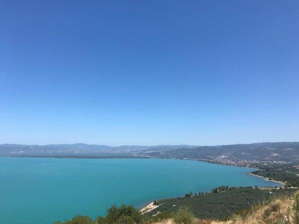 İznik Gölü'ndeki turkuaz rengin nedeni ortaya çıktı