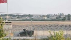 PKK/PYD terör örgütü sınırdaki bez parçalarını indirdi