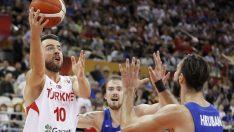12 Dev Adam, Çekya'ya 91-76 yenilerek 2019 FIBA Dünya Kupası'nda gruptan çıkamadı