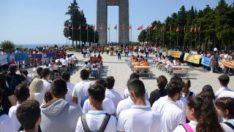 700 öğrenci Şehitler Abidesi'nde ilk derslerini aldı