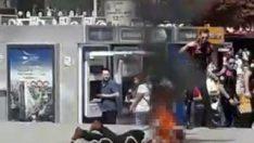 Ankara'nın göbeğinde üstüne benzin döküp kendini yaktı