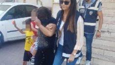 Kayseri'de hırsızlıktan yakalandı, çocuklarıyla cezaevine