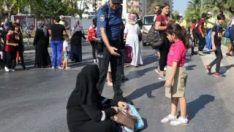 Mersin'de çocukları için yolu kapadılar