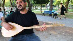 Adana'da çocuklarının geçimini türkü söyleyerek sağlıyor
