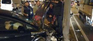 Avcılar'da E-5'teki kaza trafiği kilitledi