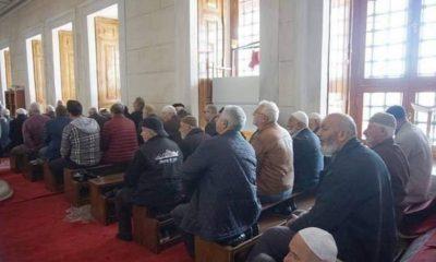 Camilerde kilise düzeninde namaz sorunu devam ediyor