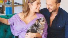Hazal Kaya – Ali Atay çiftinden mutlu aile pozu