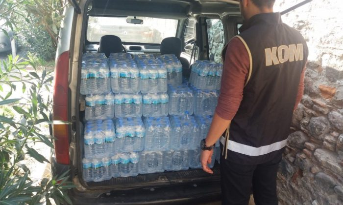 İzmir'deki operasyonda sahte içki ele geçirildi