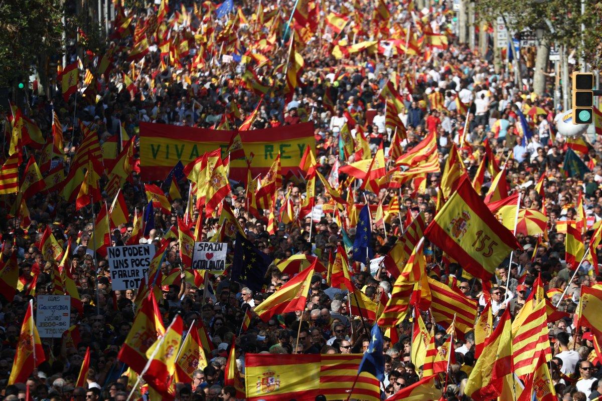 Katalonlar bu kez birlik için sokaklara çıktı