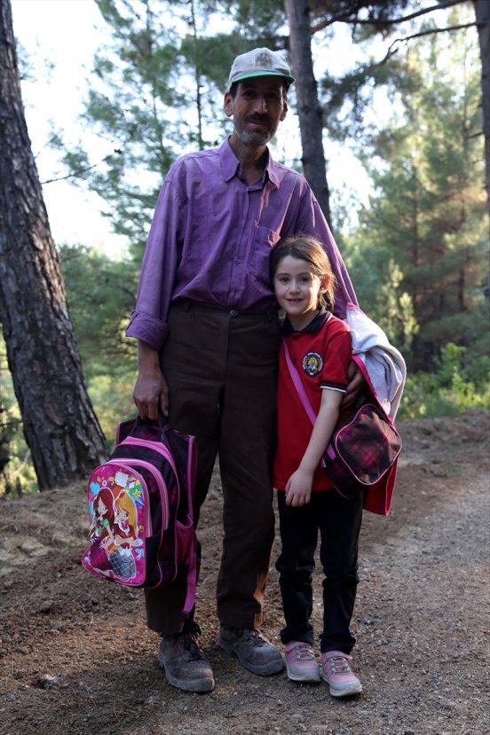 Kızının eğitimi için borç alan baba, ineklerini satacak