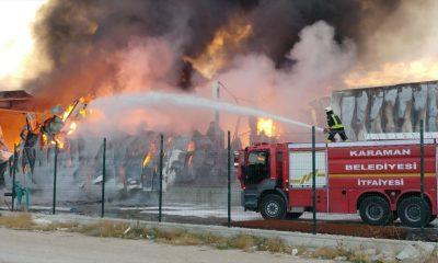 Konya'daki bir fabrika cayır cayır yandı