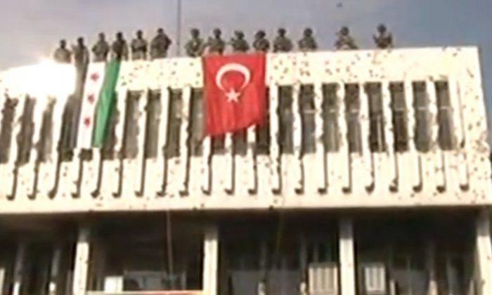 Resulayn'da Türk bayrağı dalgalanıyor