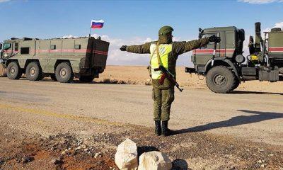 Rus askerleri Türkiye-Suriye sınırında
