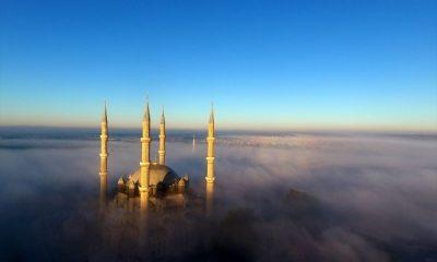 Selimiye Camisi sise büründü