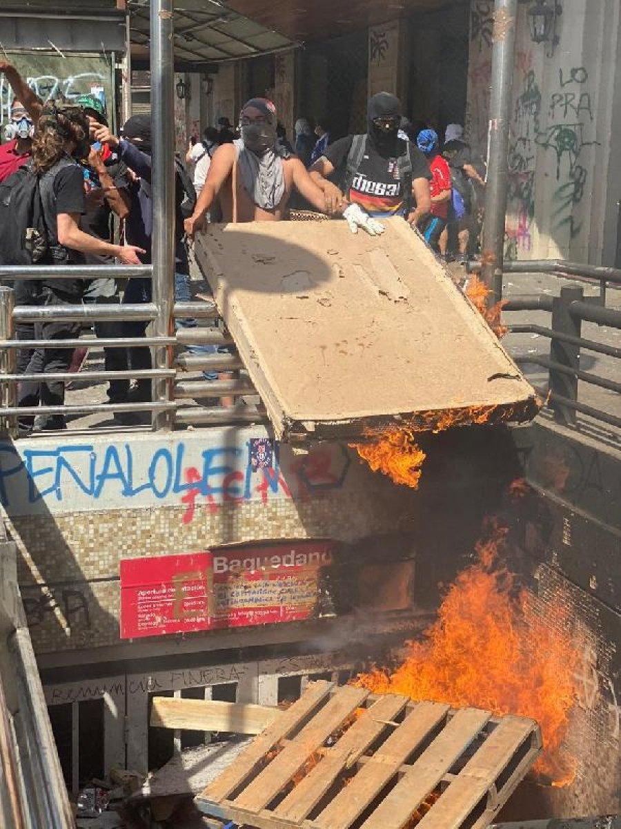 Şili'deki eylemlerde 18 ölü 150'den fazla yaralı