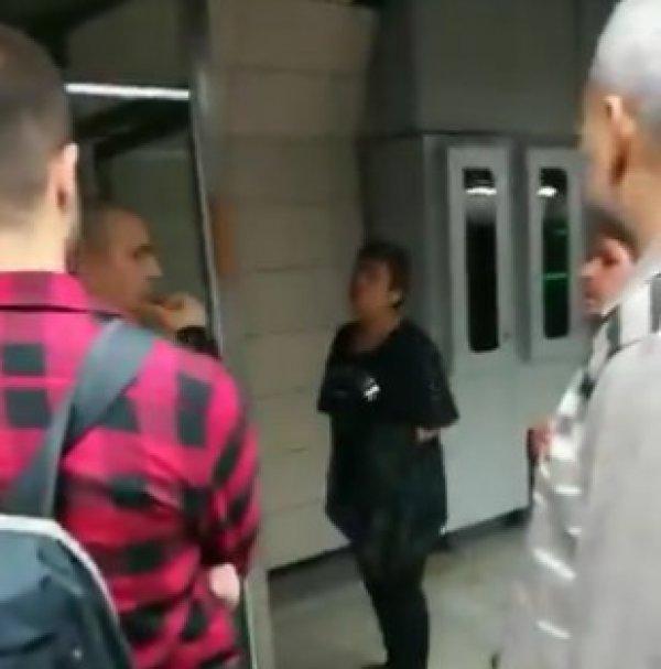 Başörtülü kızlara saldıran kadın Marmaray'da küfürler savurdu