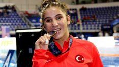 Dünya Güreş Şampiyonası'nda bronz madalya geldi!