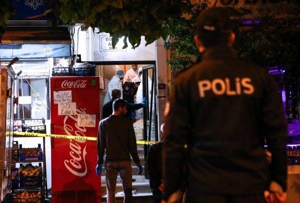 İstanbul'da bir evde 4 ceset bulundu