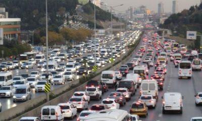 İstanbul'da trafikte yoğunluk yaşanıyor