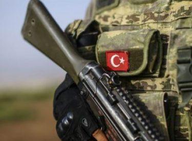 Mardin'de PKK'ya katılacak genci jandarma kurtardı