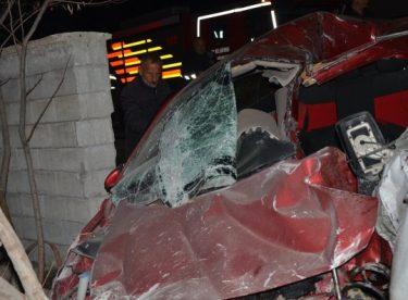 Muş'ta trafik kazasında 2 kişi öldü 3 kişi yaralandı
