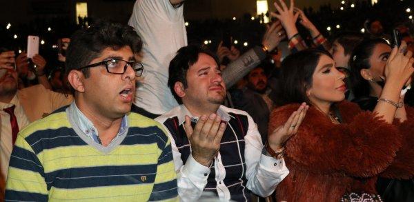 Van'da İranlı turistler Moein konseri ile coştu