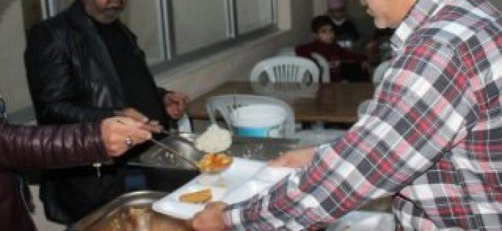 Adana'da hırsızlar aşevini soydu