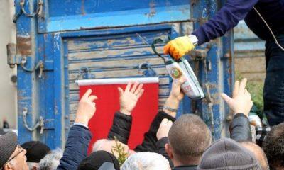 Ağaç kesme fidan dik sloganıyla 2 bin 200 fidan dağıtıldı