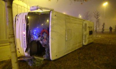 Ankara'da işçi servisi kaza yaptı