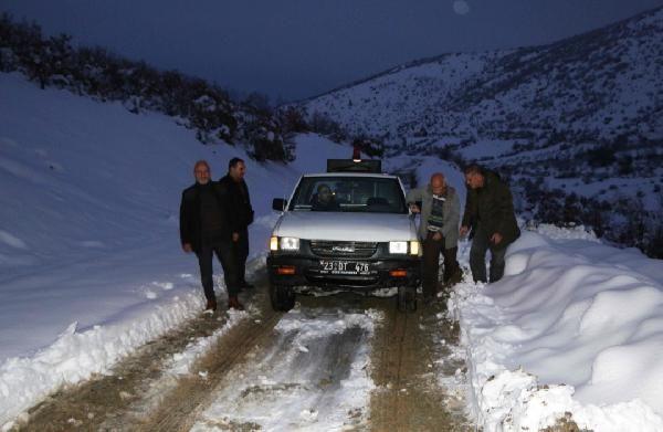 Karda mahsur kalan 40 orman işçisi kurtarıldı -2