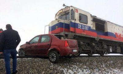 Kars'ta tren kazası: 3 ölü 3 yaralı