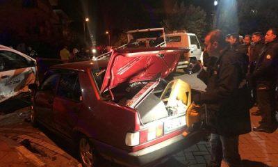 Manisa'da polis uygulamasından kaçan araç kaza yaptı