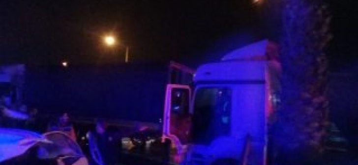 Mersin'de iki tırın çarpıştığı kazada 5 kişi yaralandı