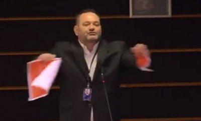Ece Üner'den bayrak yırtan Yunan vekile tepki